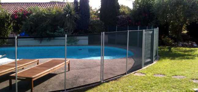 Barri re piscine norme s curit de piscine pisciniste toulouse - Barriere de securite piscine beethoven ...