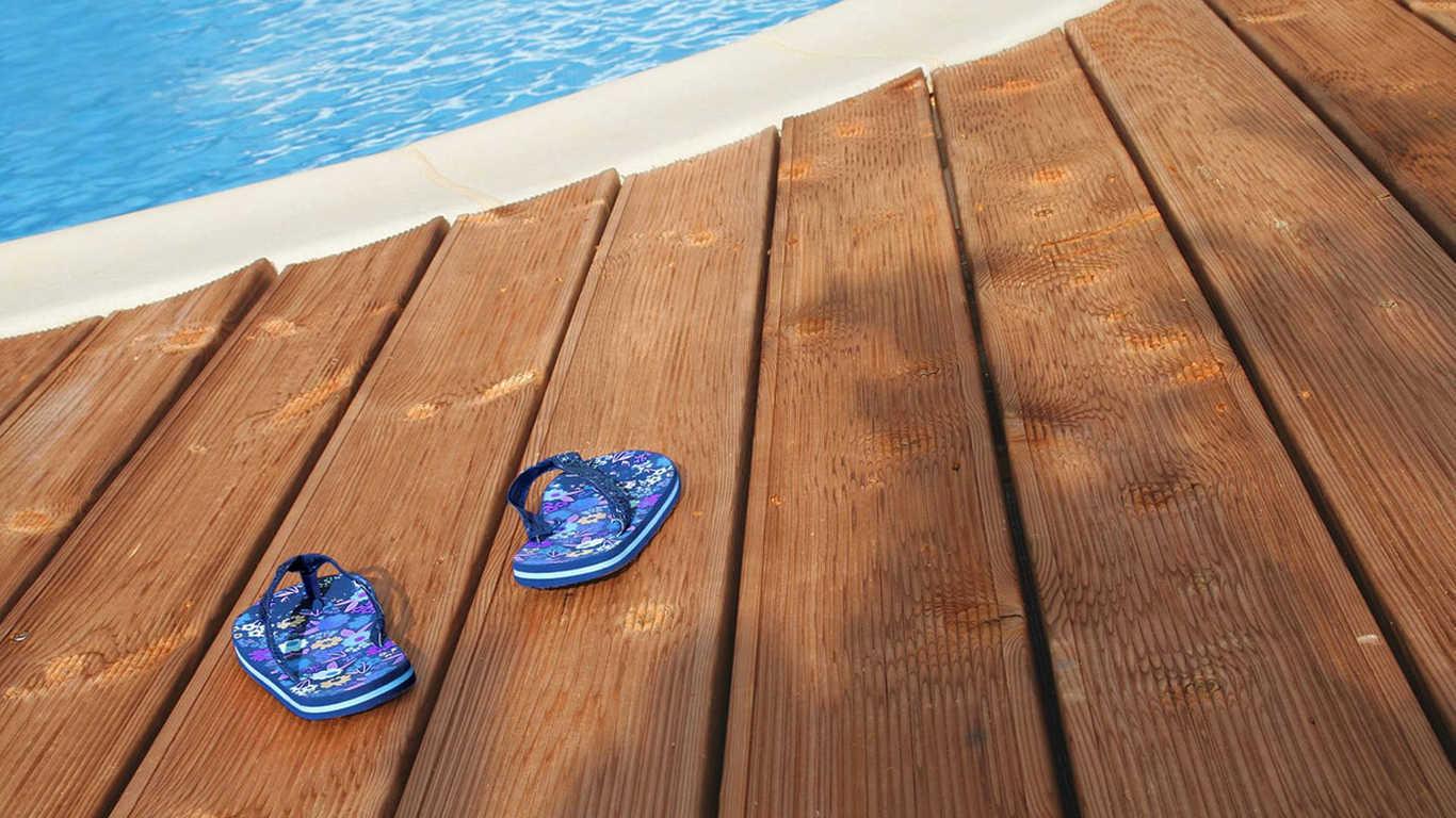 piscine terrase bois